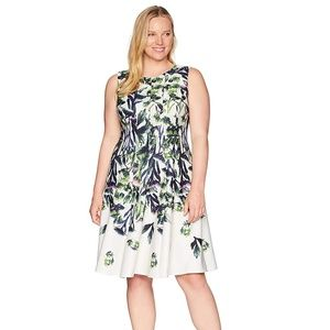 Gabby Skye  Floral Fit and Flare Dress Size 14